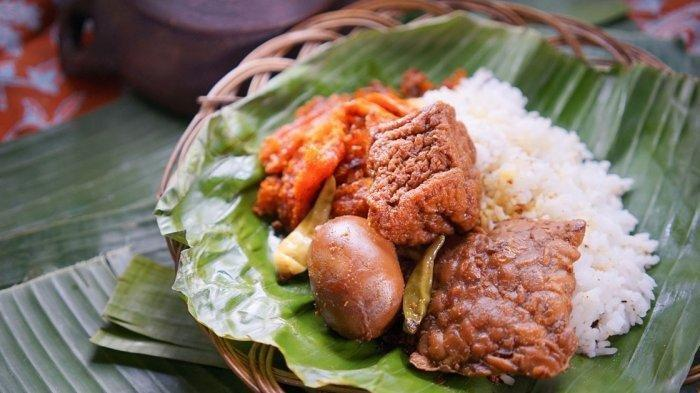 Kuliner Jakarta, Rekomendasi 7 Makanan Legendaris di Benhil Ada Ayam Penyet hingga Gudeg Pejompongan