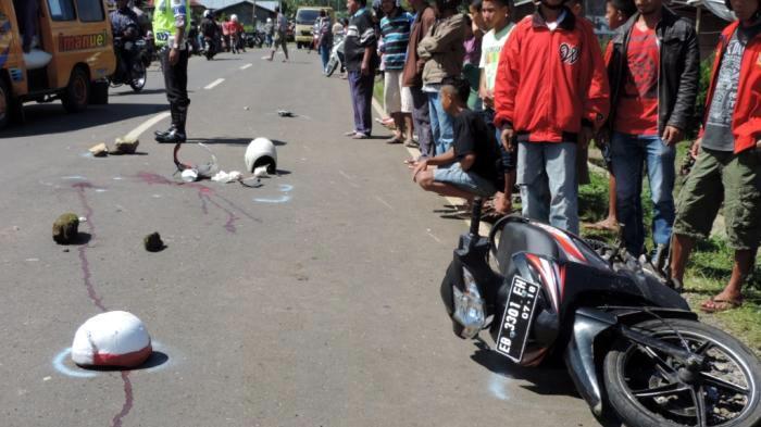 Rem Blong, 2 Pengendara Motor Tewas Tabrak Pembatas Jalan di Tanggamus