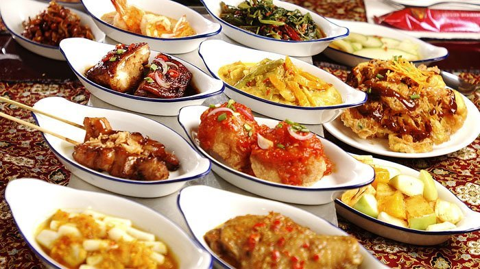 Ilustrasi makanan. Simak arti mimpi makan, pertanda lapar?