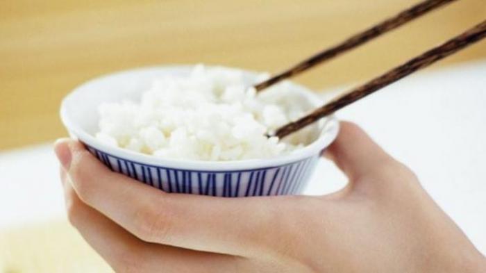 Arti Mimpi Makan Nasi, Berikut Penjelasannya