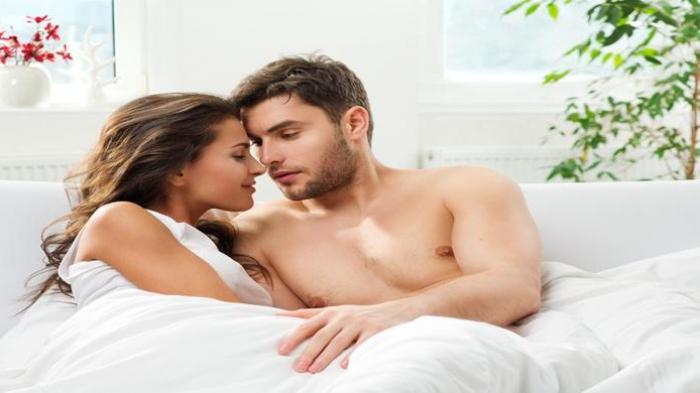 Berhubungan Seks Suami Istri di Tengah Wabah Virus Corona, Bolehkah? Simak Penjelasan Ahli