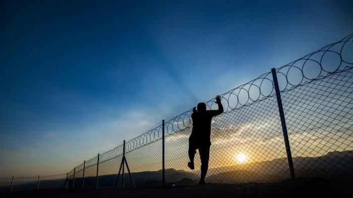 BREAKING NEWS 7 Tahanan Polsek Natar Kabur