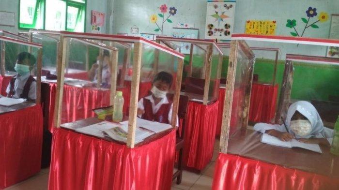 Inovasi Meja Anticorona di SDN 1 Rejosari Lampung Utara, Sekolah-Orangtua Gotong Royong Buat Meja
