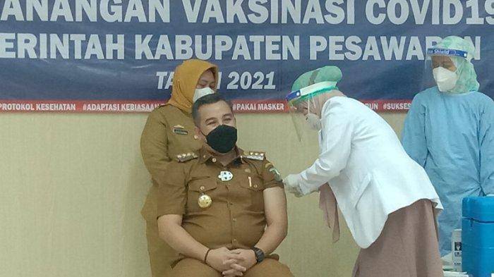 Jadi Penerima Pertama Vaksin Covid-19 di Pesawaran, Bupati Dendi: Alhamdulillah