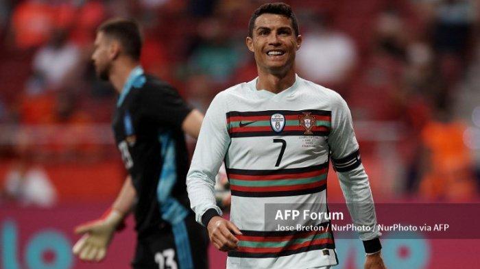 Ilustrasi. Jelang bergulirnya jadwal Euro 2020 ( Euro 2021 ) seorang pemain bintang Eropa, Cristiano Ronaldo, akan masuk dalam katergori pemain tua di Euro 2020.