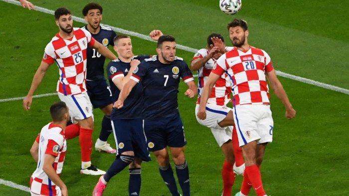 Ilustrasi, jadwal Euro 2020, memasuki fase 16 besar Euro 2020, berikut prediksi susunan pemain, Kroasia vs Spanyol dua pemain yang akan bertemu dalam jadwal lanjutan 16 besar Euro 2020.
