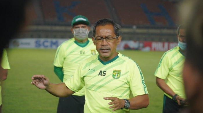 Jadwal Liga 1 2021 Persebaya vs TR-Kabo, Aji Santoso Nilai Kekuatan Tim Merata
