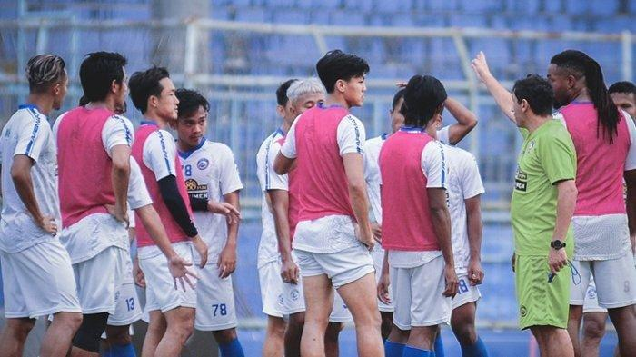 Jadwal Liga 1 2021 Arema FC vs Bhayangkara FC, Eduardo Minta Pemainnya Tak Tergesa-gesa