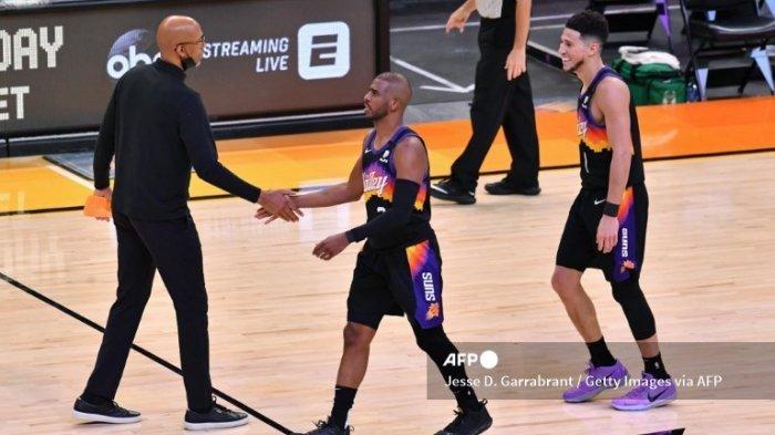 Ilustrasi. Simak jadwal Suns vs Bucks pada final NBA 2021, Devin Booker salut dengan cara Chris Paul dalam memimpin tim.