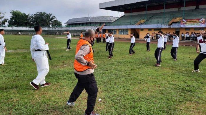 Jaga Stamina Personel, Polres Lampung Utara Gelar Ujian Kesamaptaan Jasmani dan Bela Diri Polri