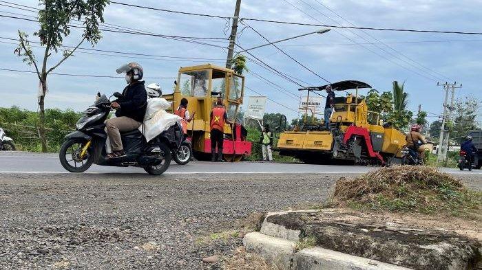 Jalinteng Lampung Utara Diperbaiki, Warga: Jangan Asal-asalan