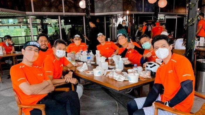 Jelang Persalinan Zaskia Sungkar, Irwansyah Sempatkan Gowes Bersama Menteri Sandiaga Uno