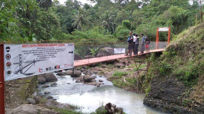 Jembatan Retak di Kelumbayan Tanggamus