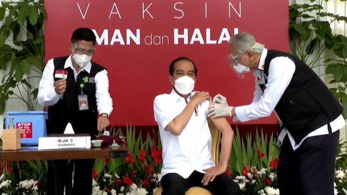 Penjelasan Jokowi Ketika Abdul Muthalib Gemetar saat Suntik Vaksinasi Covid-19