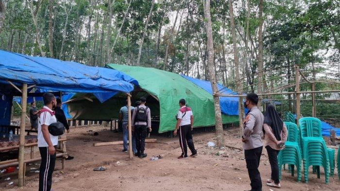 Arena Judi Sabung Ayam di Lampung Timur Digerebek, Mobil dan Motor Ditinggal di Lokasi