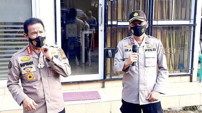 Rombongan Polisi Diteriaki Rampok saat Penggerebekan, Diadang Warga Bawa Parang dan Pedang