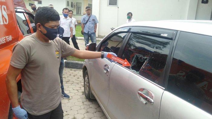 Pelaku Modus Pecah Kaca Mobil Beraksi di DPRD Tulangbawang, Rp 80 Juta Melayang
