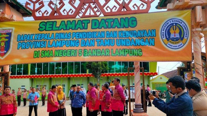 Kadis Pendidikan Lampung Resmikan Gedung Baru SMAN 5 Bandar Lampung