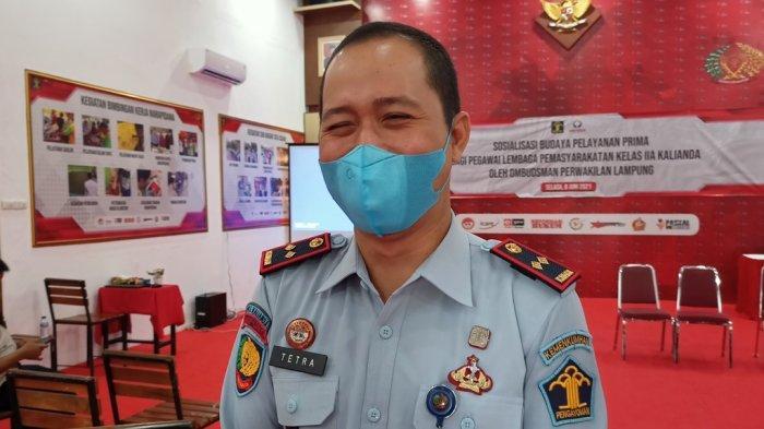 Kalapas Kelas IIA Kalianda Tetra Destorie Benarkan BNNP Lampung Sita 2 HP dari Warga Binaan