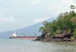 Terdampar di Pulau Sebuku, Kru Kapal Noah I Tolak Evakuasi