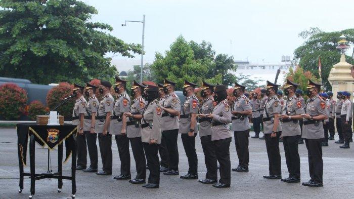 Kapolda Lampung Irjen Pol Hendro Sugiatno memimpin sertijab Kapolres/Kapolresta dan PJU di Mapolda Lampung, Selasa (10/8/2021).