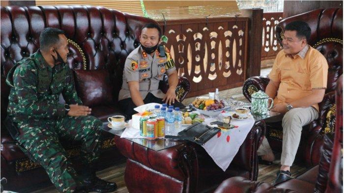 Kapolres dan Dandim 0411 Lampung Tengah Minta Bacalonkada Imbau Pendukung Patuhi Protokol Kesehatan