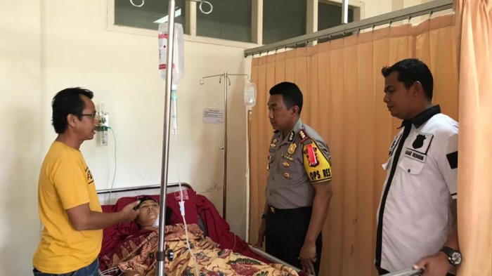 Kapolres Jenguk Korban Curas Silviana di RS Graha Husada