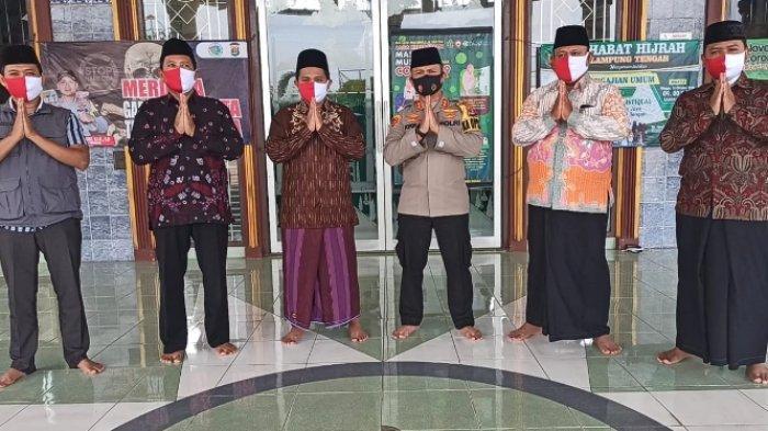 Kapolres Lampung Tengah Ajak Santri Tanamkan Nasionalisme