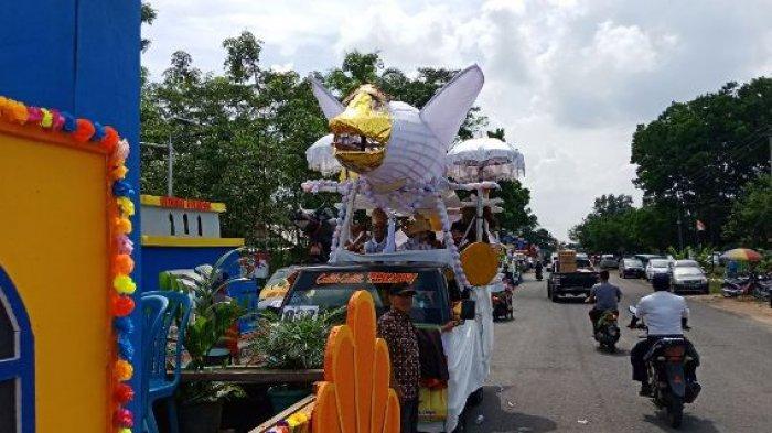 Instansi Pemerintah Hingga Parpol Meriahkan Karnaval Kendaraan Hias HUT Ke-9 Tubaba