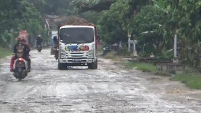 Kata Bupati Lampung Tengah Atas Rencana Pemasangan Portal di Jalan Lintas Kabupaten