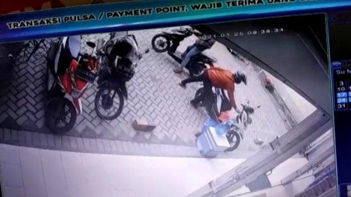 Kawanan Pencuri Gasak Motor di Parkiran Minimarket Jati Agung saat Korban Beli Perlengkapan Rumah