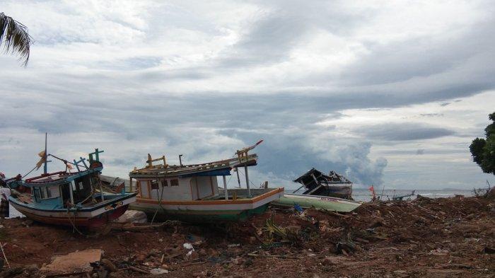 Pemkab Lamsel Berencana Ubah Pesisir Pantai yang Terkena Tsunami Menjadi Kawasan Hijau
