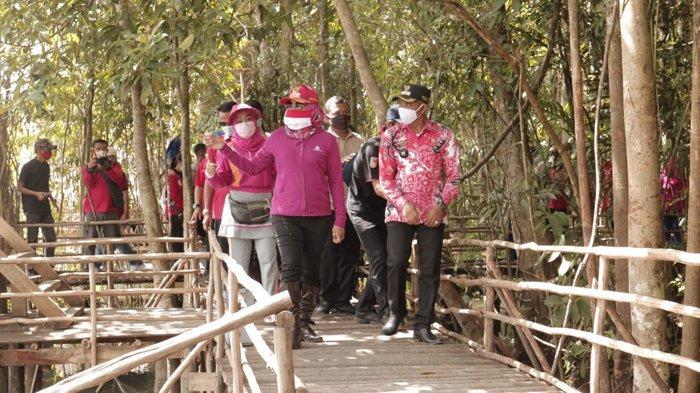 Kawasan Wisata Alam 21 Aji Mesir Tulangbawang Dapat Bantuan dari Bupati Winarti