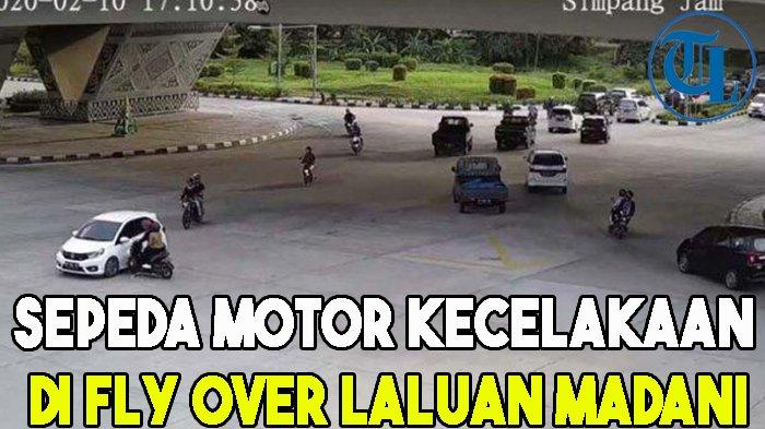 Pengendara Sepeda Motor Terpental saat Kecelakaan di Fly Over Laluan Madani
