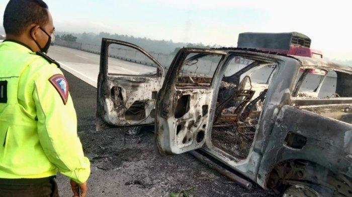 Kecelakaan di Tol Lampung KM 32A, Mobil Ford Ranger Hangus Terbakar, Sopir Sempat Keluar