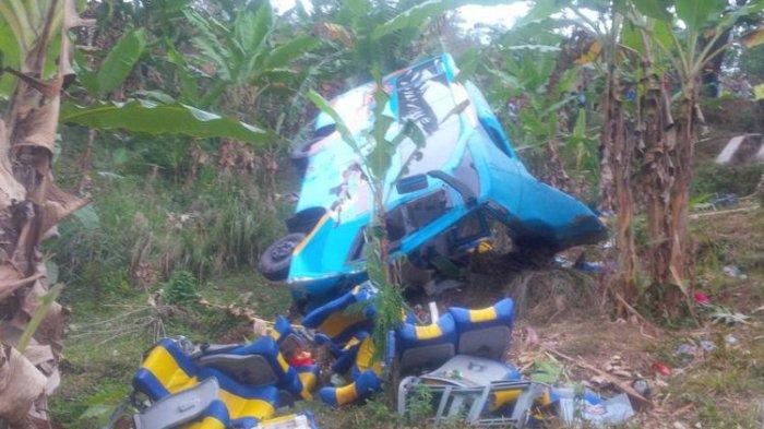 Bus Rajabasa Utama Bawa Rombongan Pengantin Terjun ke Jurang di Lampung Barat, Sopir Diduga Kabur