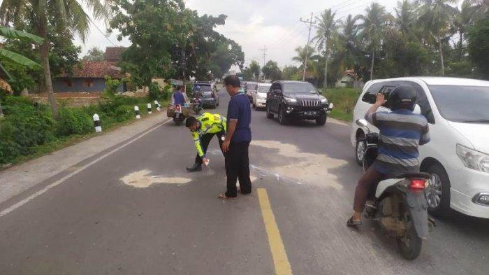 Kecelakaan Maut, Masuk Kolong Fuso, 2 Siswi Tewas di Jalinbar Pringsewu