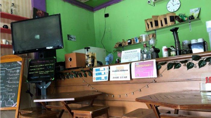 Ada Es Krim Kuburan di Kedai Legalita Kotabumi