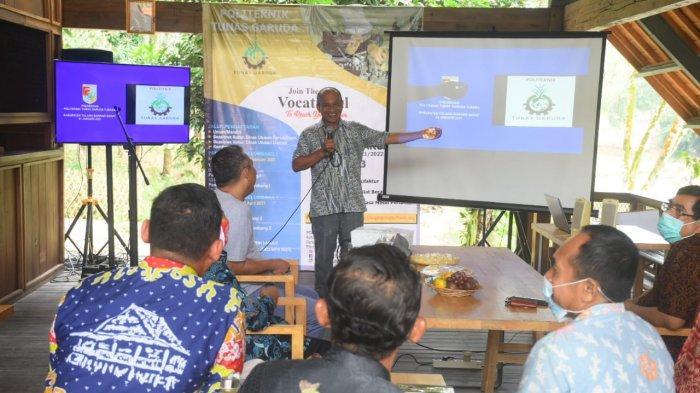 Bupati Tubaba Umar Ahmad Apresiasi Hadirnya Politeknik Tunas Garuda