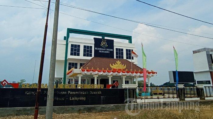 Kejari Pringsewu Ekspose Dugaan Korupsi Dana Sekretariat DPRD ke BPKP