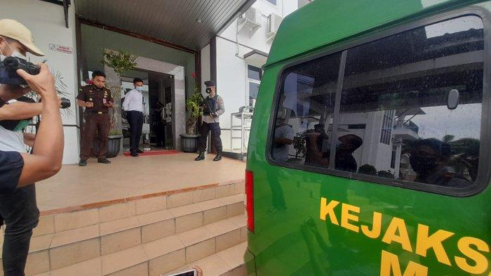 Kejati Baru Tahan 3 Oknum ASN dari 4 Tersangka Dugaan Korupsi di Lampung Selatan