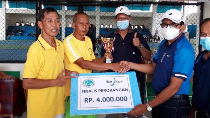 Hario Wibowo/Mulyadi Kuat Sabet Juara 2 Kejuaraan Tenis Veteran di Padang