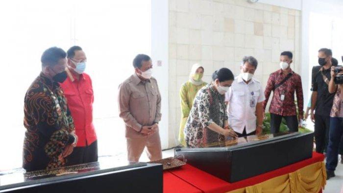 Ketua DPR RI Puan Maharani Resmikan Bandara Muhammad Taufiq Qiemas di Pesisir Barat