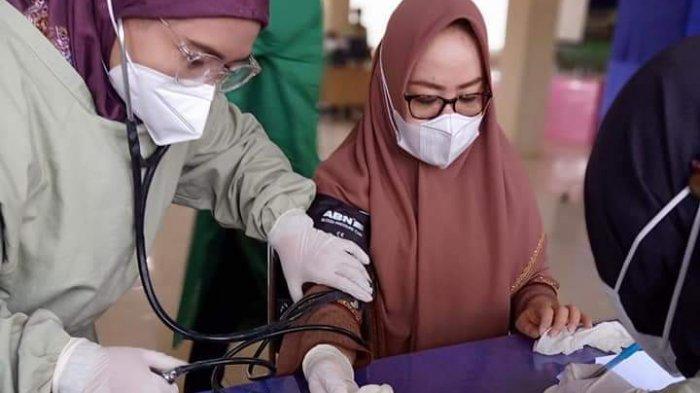 Ketua DPRD Mesuji Suntik Vaksin Covid-19 Kedua, Alhamdulillah Nanti Tidak Tes Swab Terus