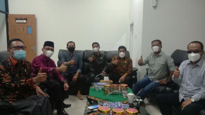 Ketua DPRD Pringsewu Sebut Tribun Lampung Pemberitaannya Sangat Akurat