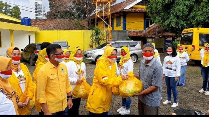 IIPG Provinsi Lampung Bagikan 100 Paket Sembako, Riana Sari Arinal Beri Apresiasi