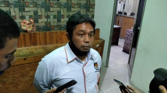 KPU Bandar Lampung Ikut Putusan Bawaslu Diskualifikasi Eva Dwiana-Deddy Amarullah