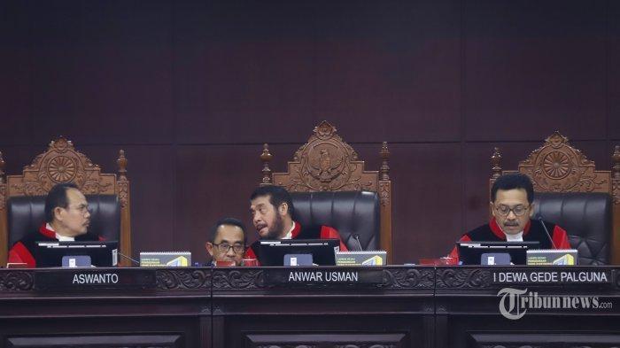 Mahkamah Konstitusi Tolak Gugatan Tim Kuasa Hukum Prabowo Subianto-Sandiaga Uno Terkait Pilpres 2019
