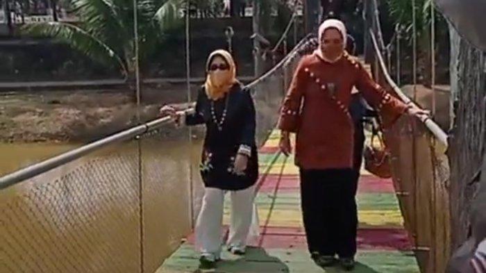 Lewat Jembatan Cinta, Ketua PKK Lampung Riana Sari Sambangi Taman Kehati Mesuji