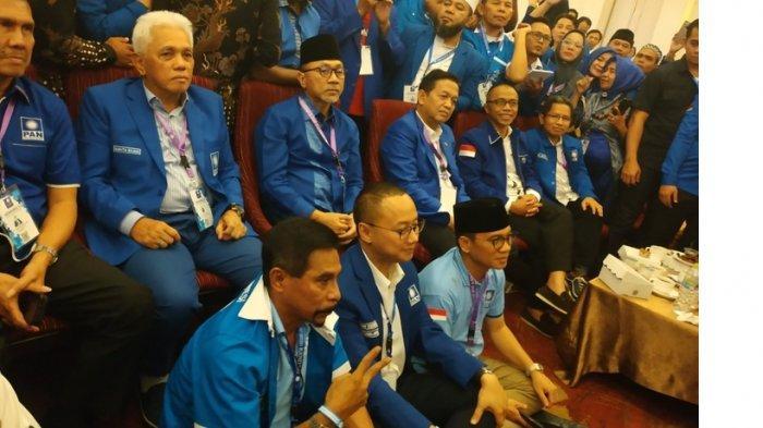 Kongres PAN Ricuh, Zulhas Minta Maaf ke Amien Rais